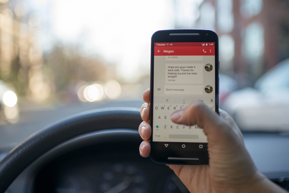 Updated Distracted Driving Law in Oregon