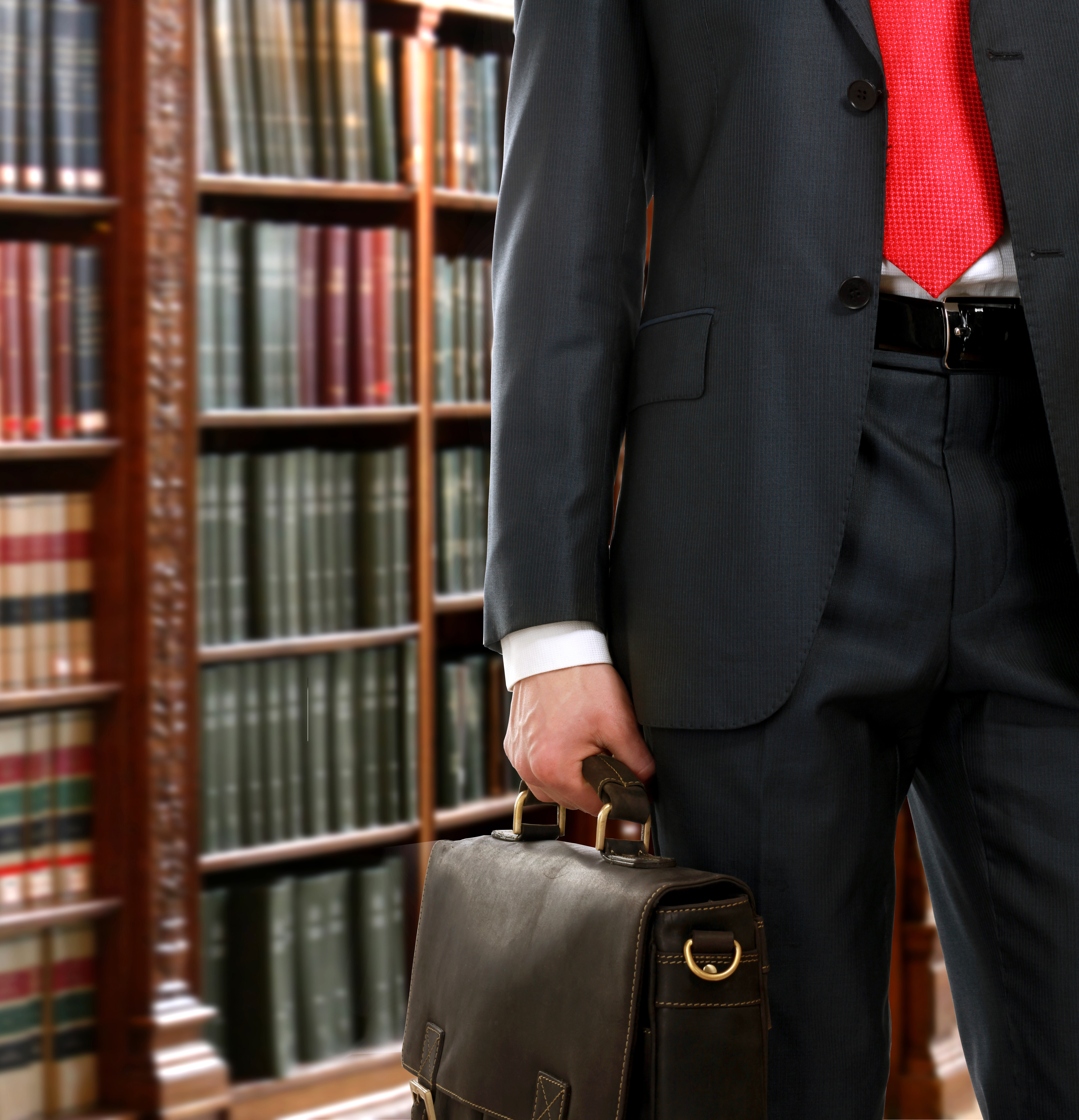 What are the Advantages & Disadvantages of using a Public Defender?